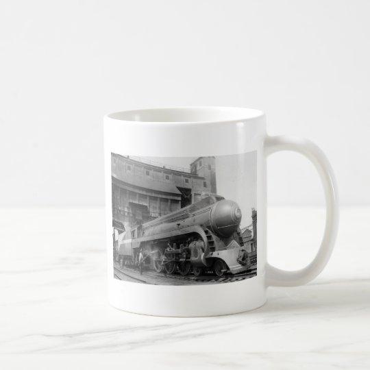 Taza De Café El tomar en el carbón