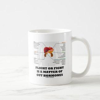 Taza De Café El vuelo o la lucha es una cuestión de hormonas de