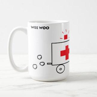 Taza De Café El Wee corteja la ambulancia