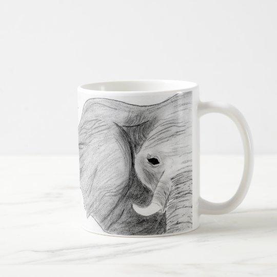 Taza De Café Elefante dibujado mano única del carbón de leña en
