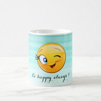 Taza De Café Emoji sonriente de guiño adorable Cara-Es feliz