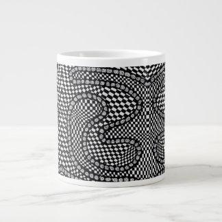 Taza de café enorme del control blanco y negro de