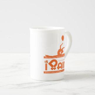 taza de café enorme del iPain Taza De Porcelana