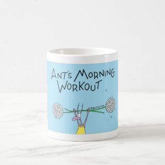 Taza De Café Entrenamiento de la mañana de la hormiga