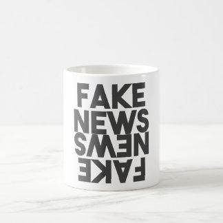 Taza De Café Espejo falso de la verdad del poste de las