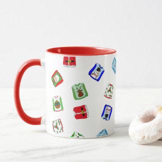 Taza de café fea del día de fiesta del suéter del
