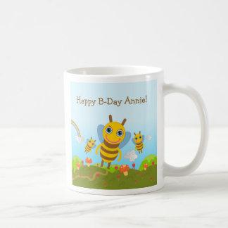 Taza De Café Feliz cumpleaños con las abejas de la miel