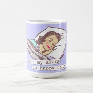 Taza De Café Fije mi alarma a la hora feliz
