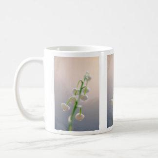 Taza De Café Flores del lirio de los valles