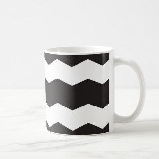 Taza De Café Fondo blanco y negro del modelo de Chevron