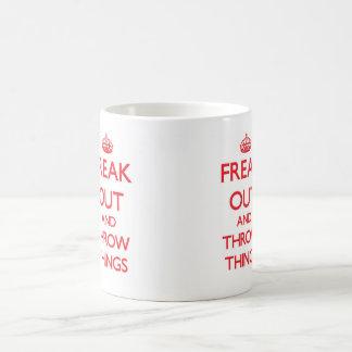 Taza De Café Freak hacia fuera
