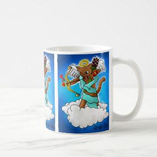 Taza De Café Gato marrón del Cupid del el día de San Valentín