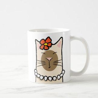 Taza De Café Gato siamés con la flor y las perlas