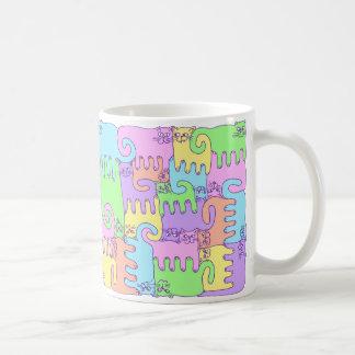 """Taza De Café Gatos """"arco iris del rompecabezas mullido """""""