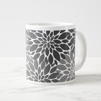 Taza De Café Gigante Estampado de flores de los crisantemos del gris de