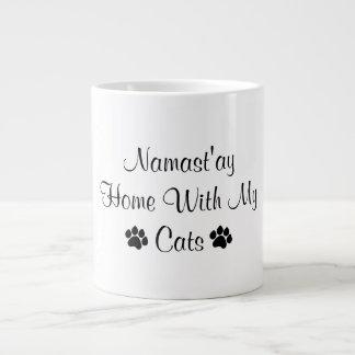 Taza De Café Gigante Hogar de Namast'ay con mis gatos