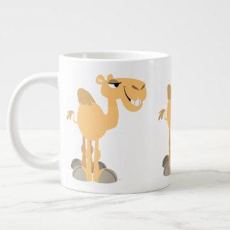 Taza De Café Grande Camello sonriente lindo del dibujo animado