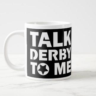 Taza De Café Grande Charla Derby a mí, diseño del chica de Derby del
