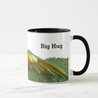 Taza de café grande del abrazo