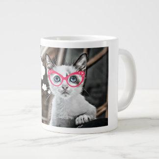 Taza De Café Grande Hacia fuera subrayado gato cariñoso del café
