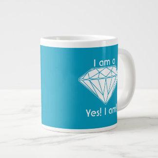 Taza De Café Grande Soy un diamante que estoy elevando sí