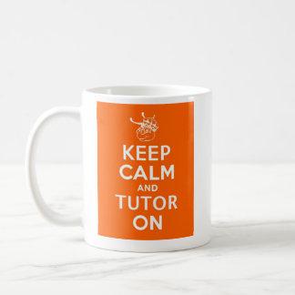 Taza De Café Guarde la calma y al profesor particular encendido