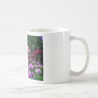 Taza De Café Jardín de flores en verano