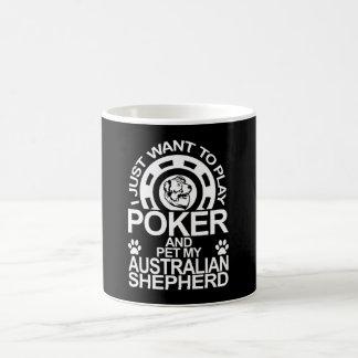 Taza De Café Juegue el póker y acaricie mi perro de pastor