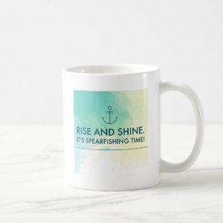 Taza De Café La subida y lo brilla es tiempo de Spearfishing