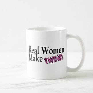 Taza De Café Las mujeres reales hacen los gemelos rosa