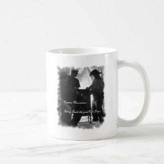 Taza De Café Lazo de las máquinas segadores del cosmos