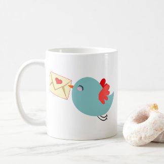 Taza De Café Letra azul Customizeable del pájaro w del vuelo