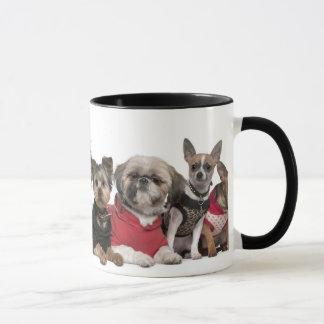 Taza de café linda de los amigos del perro