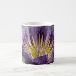 Taza De Café Lirio de agua púrpura con rocío