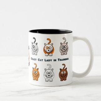 Taza de café loca de señora In Training del gato