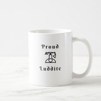 Taza De Café Luddite orgulloso con el teléfono Viejo-Timey