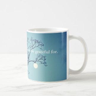 Taza De Café Luna que cuelga en un Miembro-Agradecido