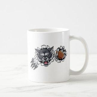 Taza De Café Mascota del fútbol americano del lobo que rompe el