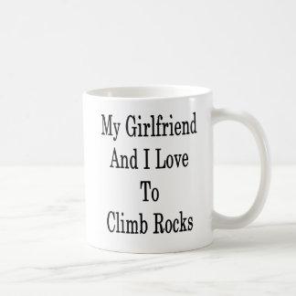Taza De Café Mi novia y yo amamos subir rocas