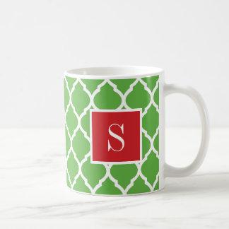 Taza De Café Monograma rojo y verde de Quatrefoil