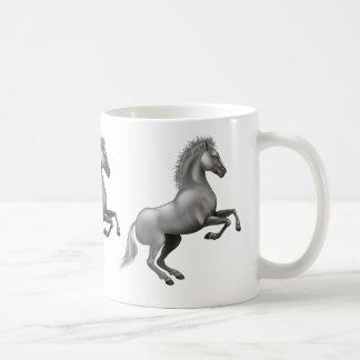 Taza De Café Mustango salvaje que se alza para arriba