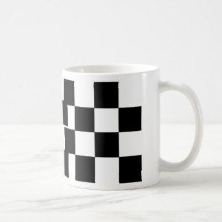 Taza De Café Negro a cuadros y blanco