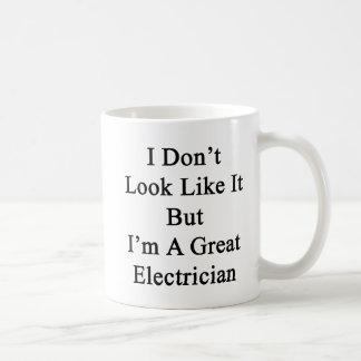 Taza De Café No parezco él sino que soy gran electricista