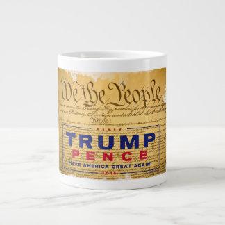 """Taza de café; """"Nosotros Triunfo-Peniques de la"""