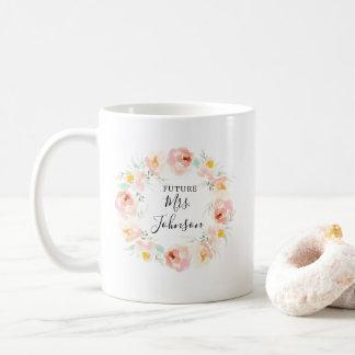 Taza De Café Novia floral de la acuarela amelocotonada a ser