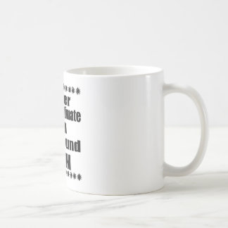 Taza De Café Nunca subestime a la mamá del raposero