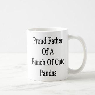Taza De Café Padre orgulloso de un manojo de pandas lindas