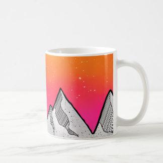 Taza De Café Paisaje de la escena de la montaña
