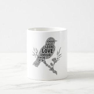 Taza De Café Pájaro ilustrado con palabra del amor