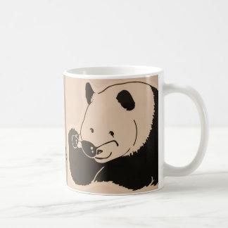 Taza De Café Panda fresca con las sombras
